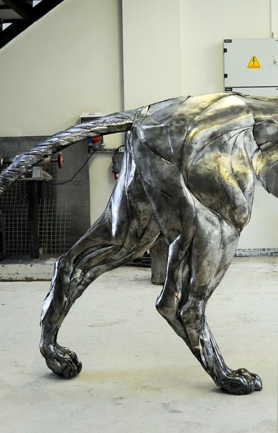 metal-lion-12